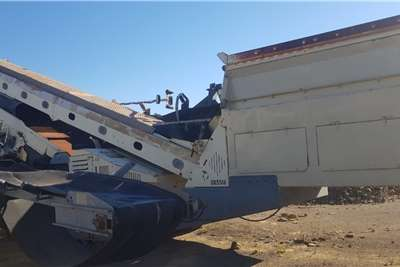 Metso ST 3.8 DOUBLE DECK MOBILE SCREEN Crushers