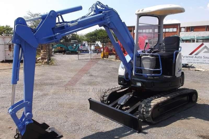 Mini excavators Mitsubishi MM30SR 3