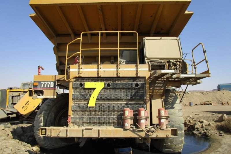 Mitsubishi Dump truck Caterpillar 777D Rigid Dump Truck