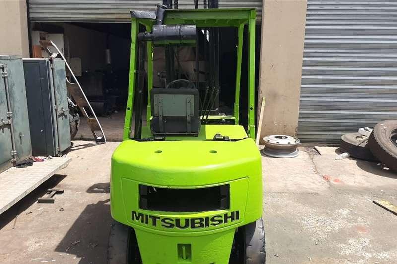 Mitsubishi 2 Ton Forklifts