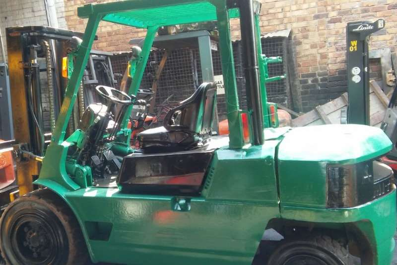 Mitsubishi Forklifts Diesel forklift 3.5 ton, 4 ton, 4.5 ton from r145 000 2013