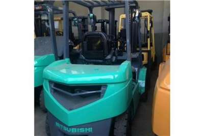 Mitsubishi Diesel forklift Mitsubishi 3TON Diesel Forklifts