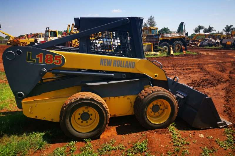 New Holland Skidsteers 2008 New Holland L185 skidsteer 2008