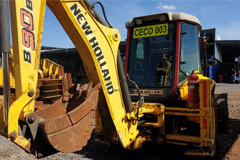 New Holland B90B TLBs