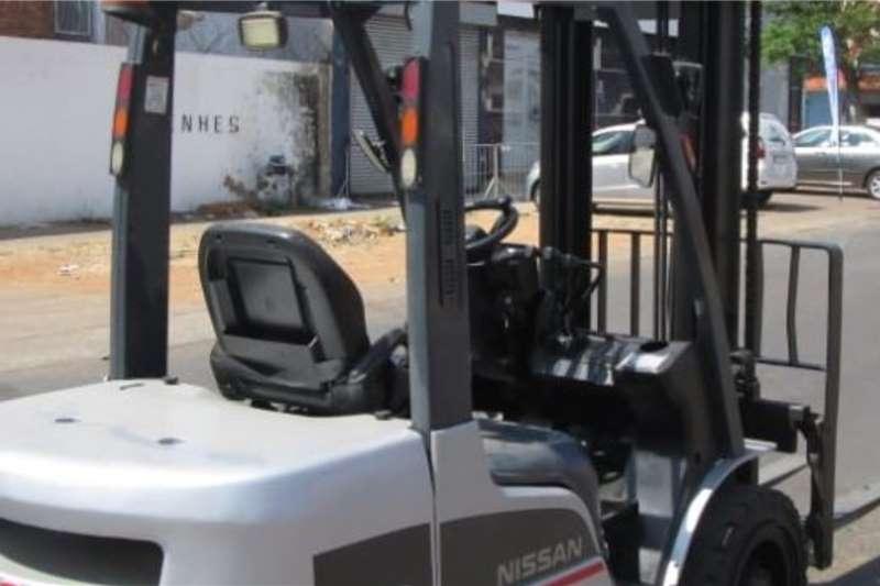Nissan Diesel forklift 3 ton Nissan Forklifts