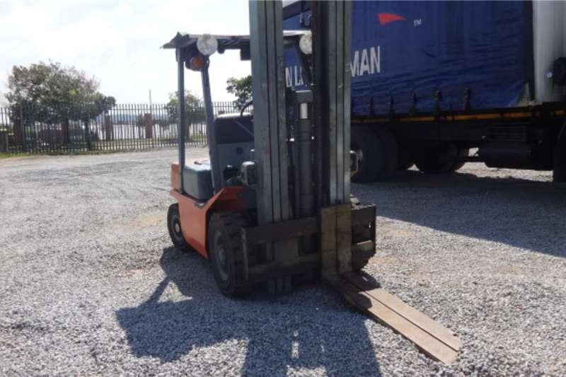 Nissan Forklifts PF02 Forklift