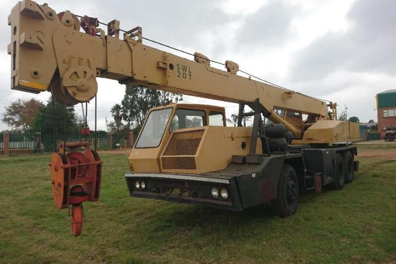 Other Cranes All terrain Unic (20t)