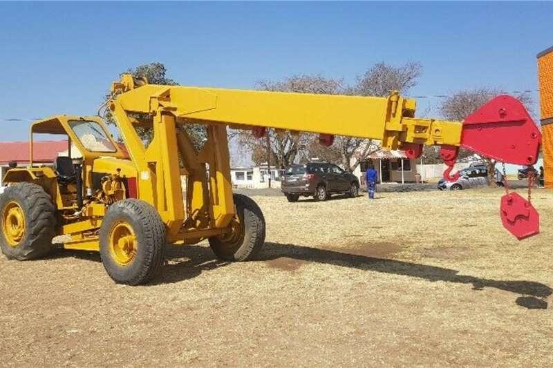 Other Cranes Mobilift 10 ton Crane Tractor