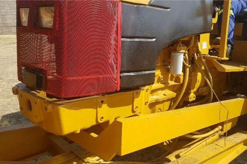 Other Mobilift Crane Tractor Cranes