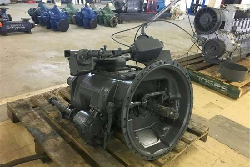 Other Excavators Isuzu 6 Speed Truck Gearbox Transmission