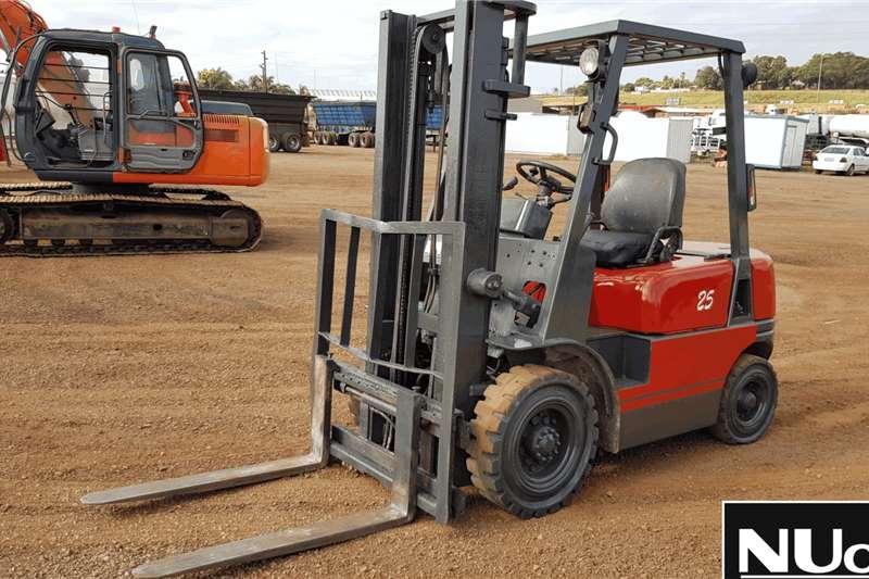 Other Forklifts FD25 FORKLIFT