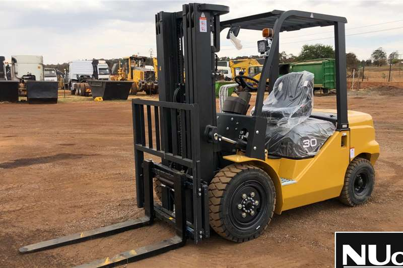 Other Forklifts FD30 FORKLIFT 4.5M LIFTING HEIGHT