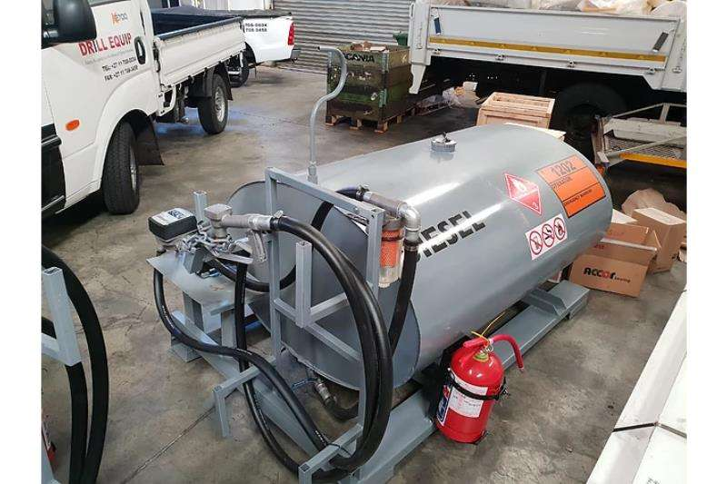 Other Fuel tankers 1000L Bakkie Ski Tank with Forklift Holders 2019
