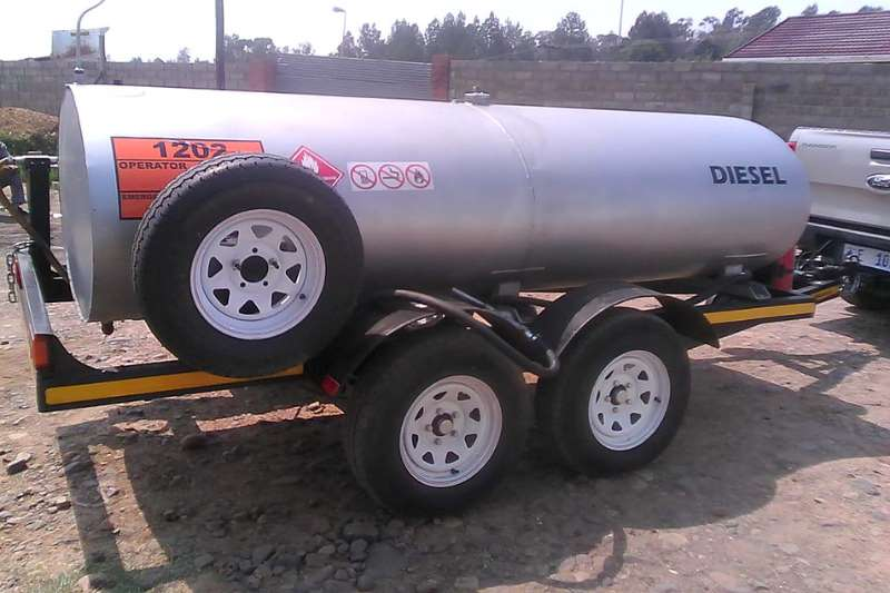 Other 2500 Liters Diesel Bowers Fuel tankers