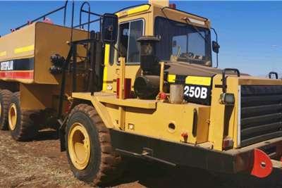 Other 25000 Liter Caterpillar Diesel Truck Fuel tankers