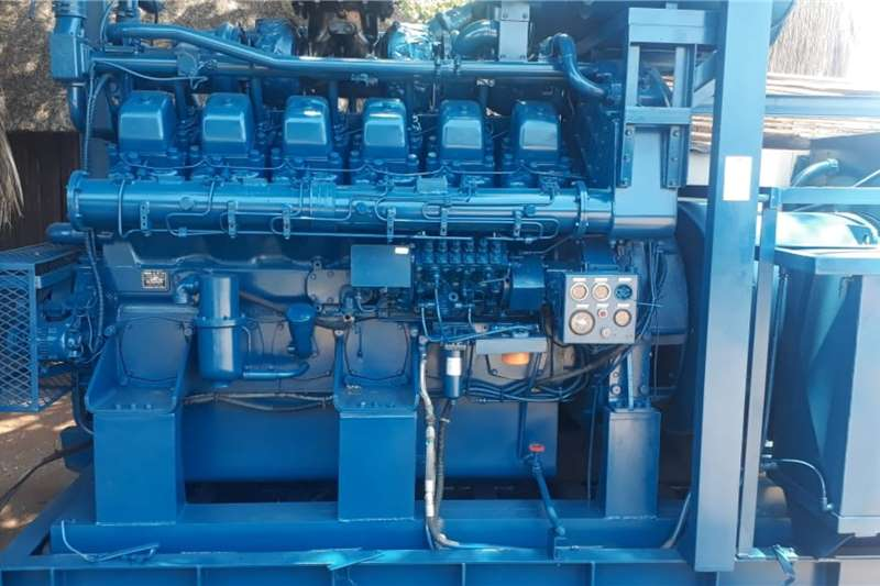 Other MITSUBISHI S12N 12 CYL 1320HP 15000RPM Generator
