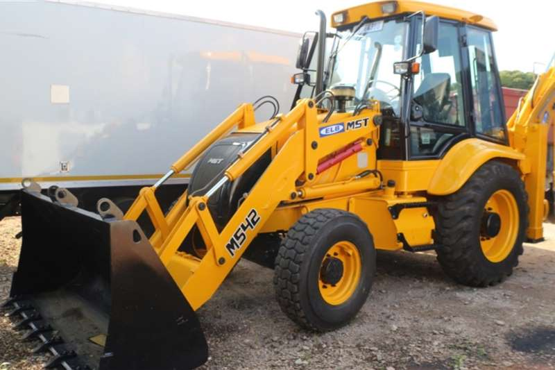 Other TLBs MST M542 4x4 TLB 2015