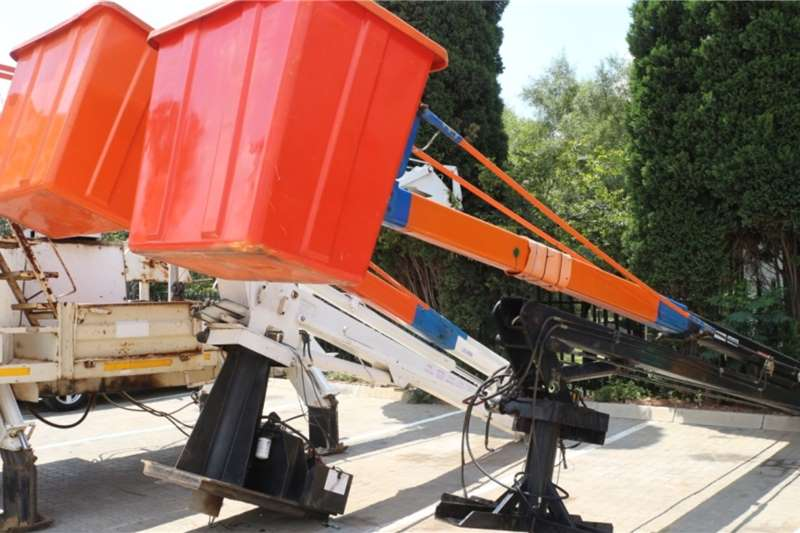 Others Cherry Picker Boom with Basket