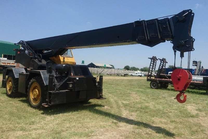 P&H Cranes Rough terrain (18t)