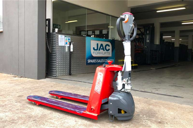 2020 JAC  CBD20 2.0TON SEMI-ELECTRIC PALLET JACK