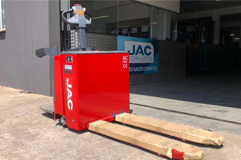 2019 JAC  CBD20 2.0TON STANDING ELECTRIC PALLET JACK