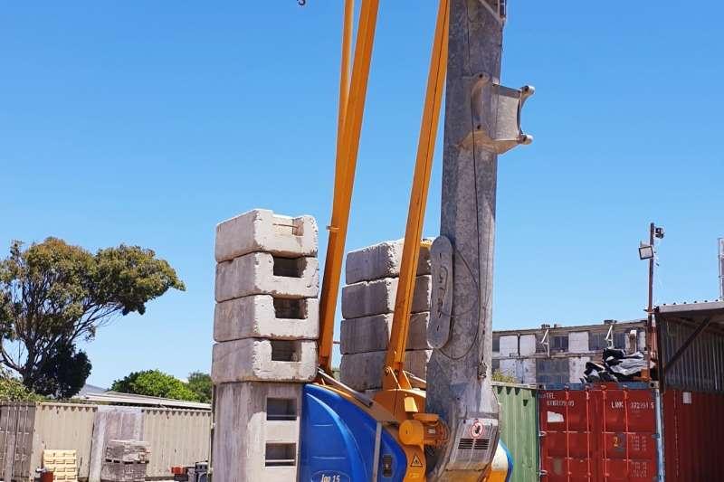 Potain Overhead IGO 15 Cranes