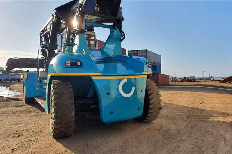 45 ton SMV Reach stacker