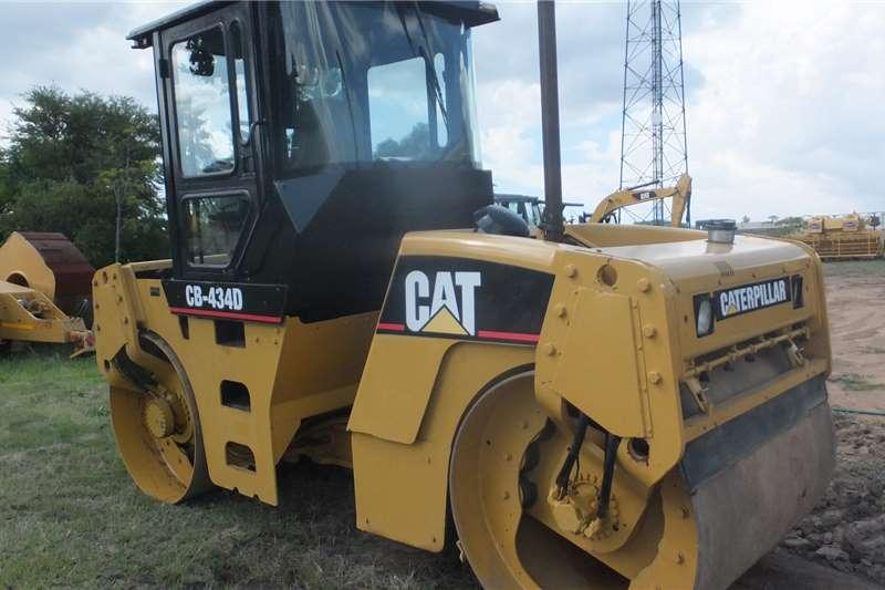 2006 CAT  CAT434D