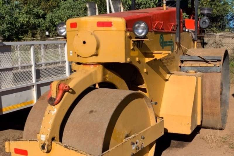 Roller ROAD MARSHAL 3 POINT S/DRUM ROLLER