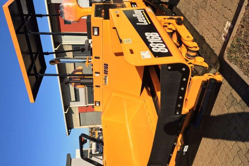 Rosco Asphalt paver 8816 Performance Paver 2018