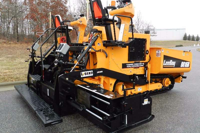 Rosco Asphalt paver ROSCO 8816 Performance Paver 2019