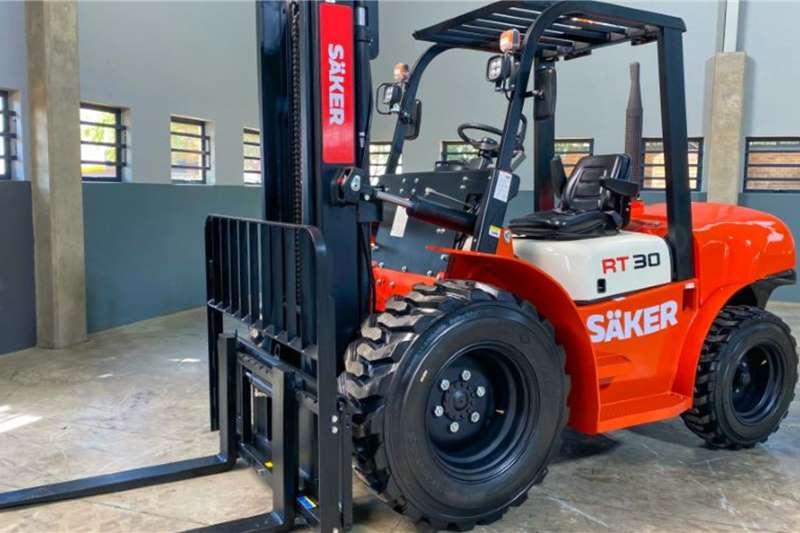 SAKER Forklifts Diesel forklift 3 Ton Rough Terrain 2019