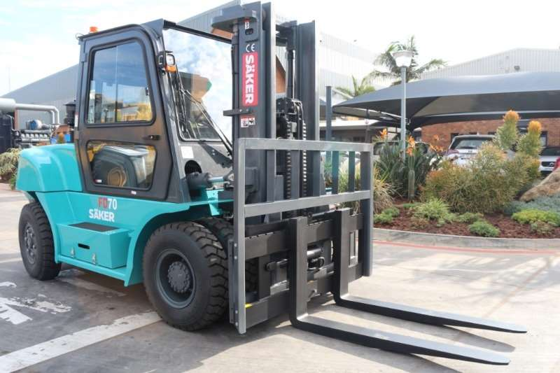 SAKER Forklifts FD70 G 7 Ton Diesel Forklift with Side Shift