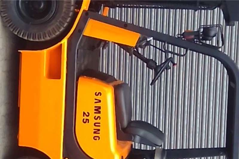 Samsung Forklifts LP gas 2.5 ton Samsung LP gas forklift