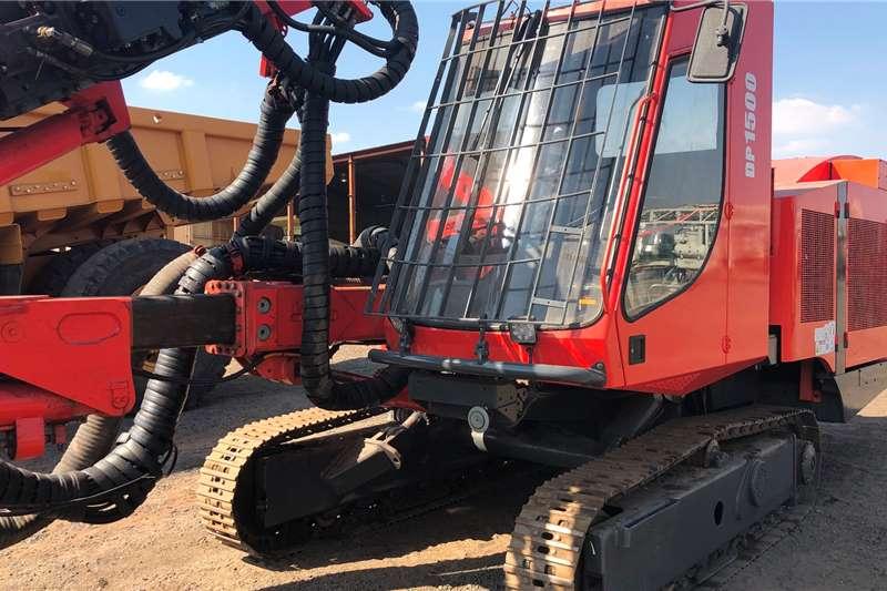 Sandvik DP1500 Drill rigs