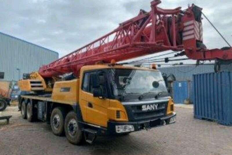 SANY Truck mounted STC300 Cranes