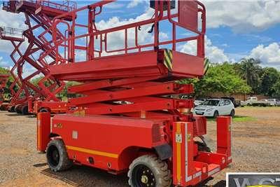 DINGLI ELECTRIC SCISSOR LIFT ,14M HEIGHT Scissor lifts