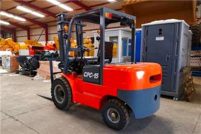 Sino Plant Diesel forklift Forklift 1.2t Forklifts