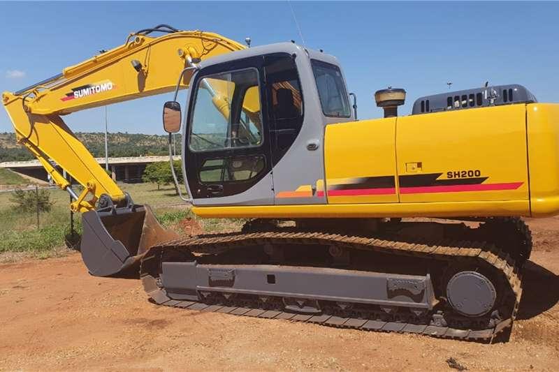 Sumitomo Excavators SUMITOMO SH200 3 TRACKED EXCAVATOR 2005