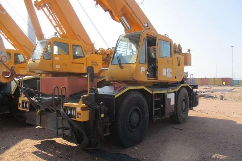 Tadano Cranes Tadano GR300EX, 30 Ton Mobile Crane