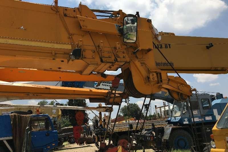 Tadano Tadano Tr250m 6 Rough Terrain Cranes
