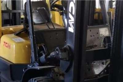 TCM Diesel forklift 2.5 ton TCM Forklifts