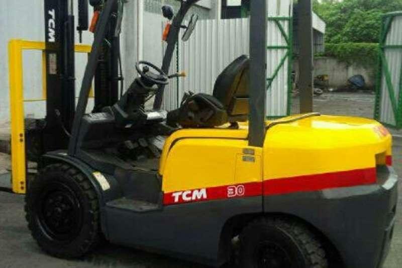 TCM Diesel forklift 3Ton FD30ZT3 Forklift Forklifts