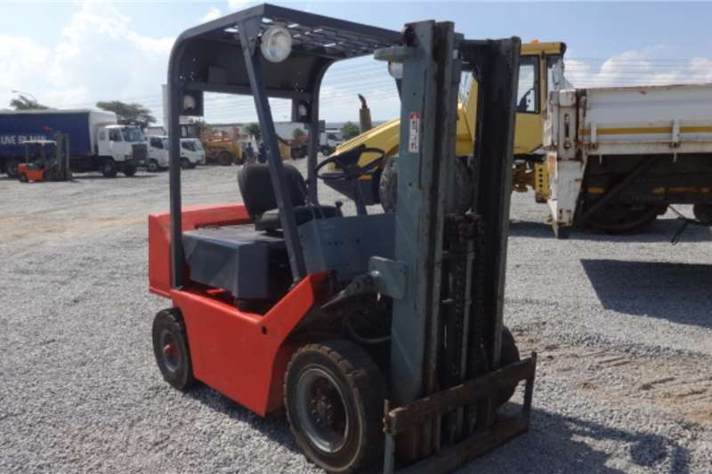 TCM Forklifts FG25N6 2.5 Ton Forklift