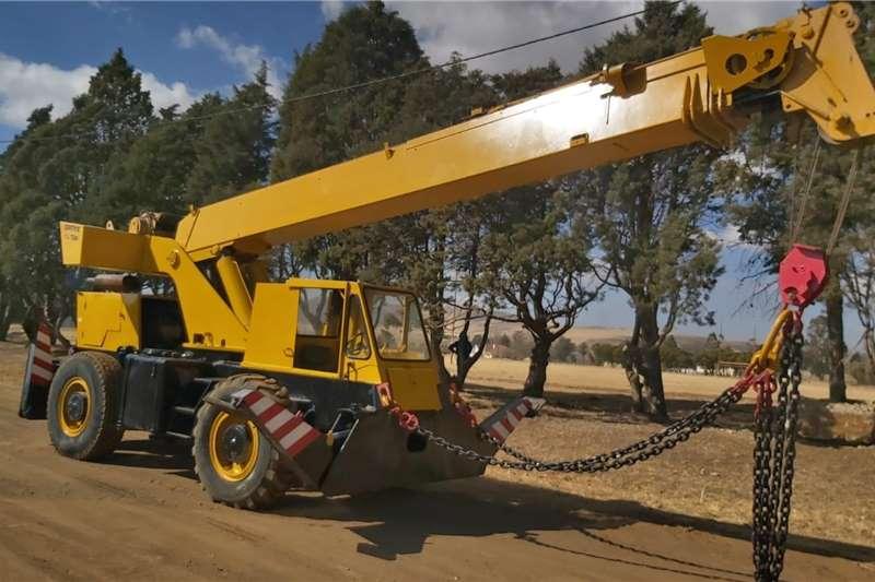 Telescopic loaders 15 Ton mobile Crane Rough Terrain Grove Crane