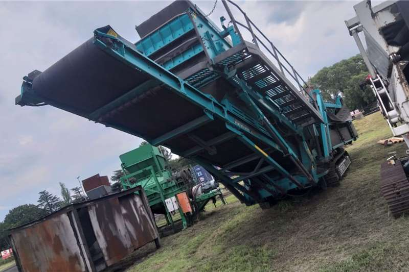 Terex Powerscreen Chieftain 1700 Screeners