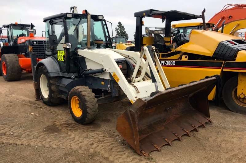Terex TLBs Construction 860 4X4 2006