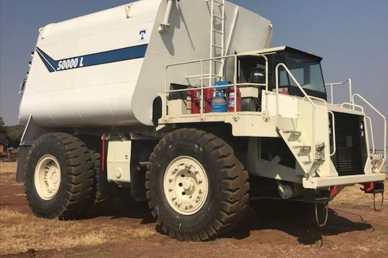 Terex Water tankers TR60 with NEW50000LWATER TANKER
