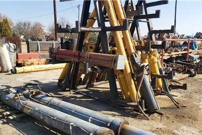 Hydraulic Cylinders TLBs