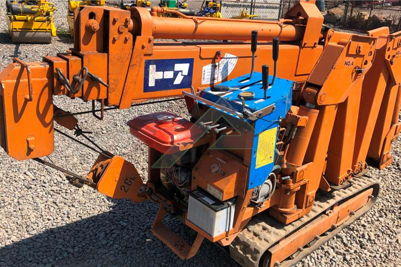 Toa CC266HRW Cranes